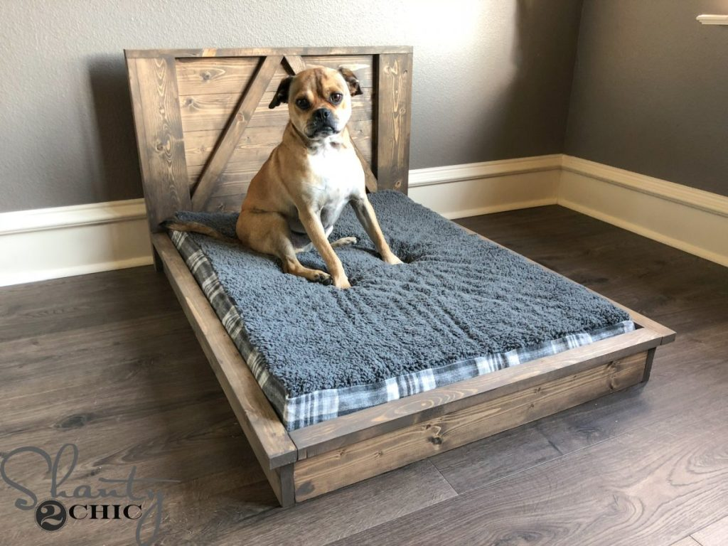 DIY Farmhouse Dog Bed