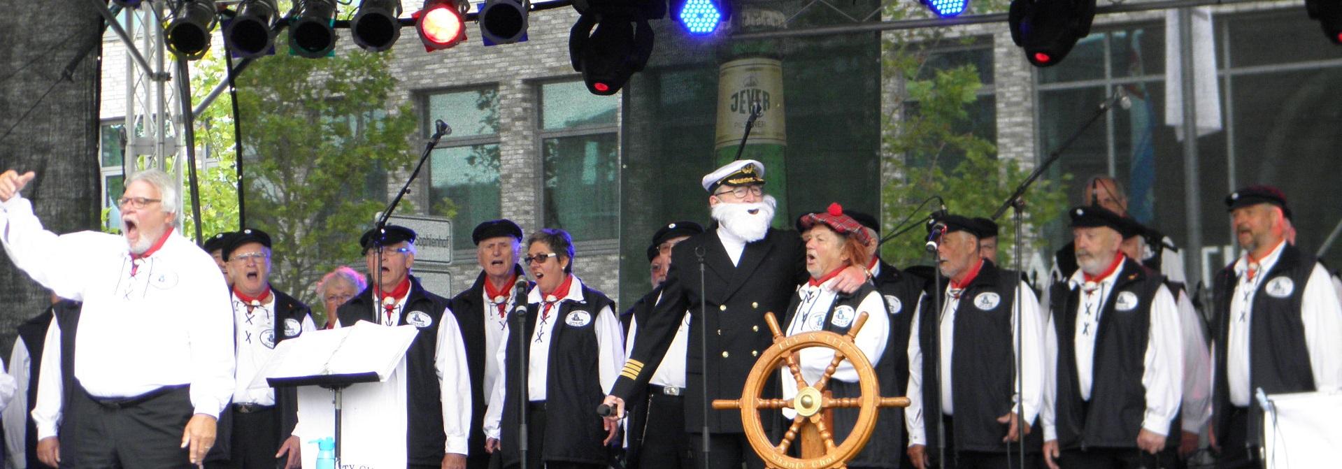 Gudrun Dobbertin  ShantyChor LUV  LEE Kiel eV von 1989