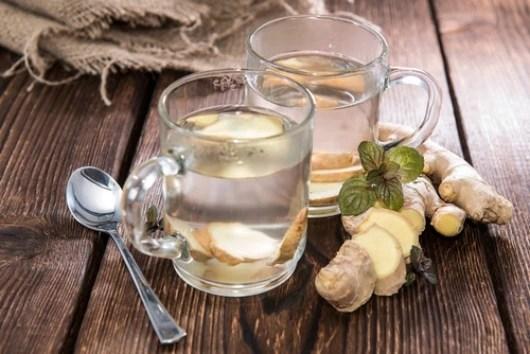 Σπιτικές θεραπείες για το βήχα ανάλογα με το είδος του (μέλι, τζίντζερ, πιπέρι, αλάτι ή ατμό;)