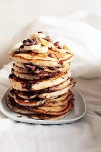 Αν αγαπάς τα φρούτα, συνδύασε τα με την αγαπημένη σου συνταγή για pancakes.