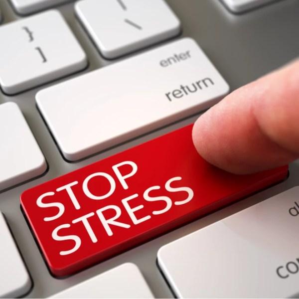 Cyber bullying και κατάθλιψη: Τα λάθη στα social media που κάνουν κακό στην ψυχική σου υγεία