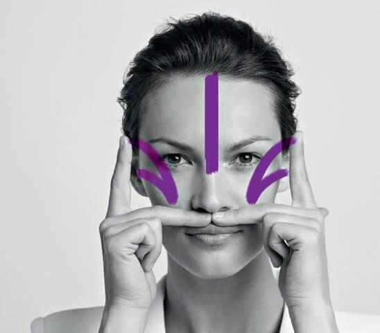 Μασάζ προσώπου για αντιγήρανση: Μάθαμε τις τεχνικές μασάζ για ανόρθωση του δέρματος