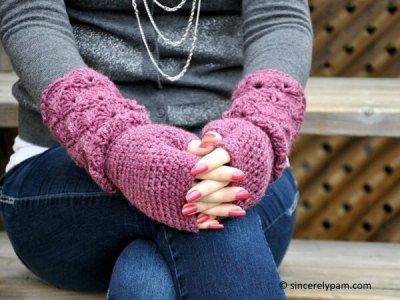 Shelby Mitts and Gloves