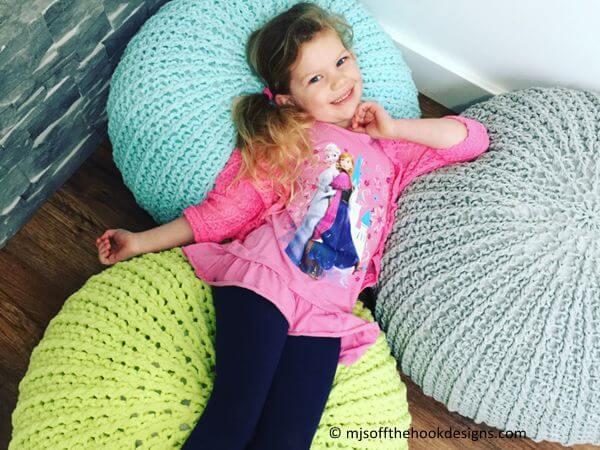 Free Crochet Floor Pouf Tutorial