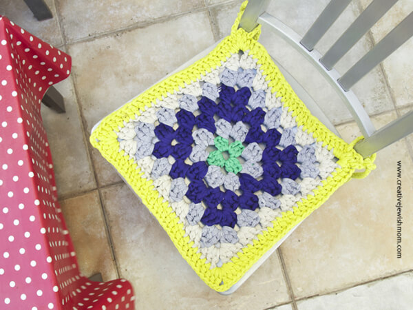 GIANT GRANNY SQUARE CHAIR PAD
