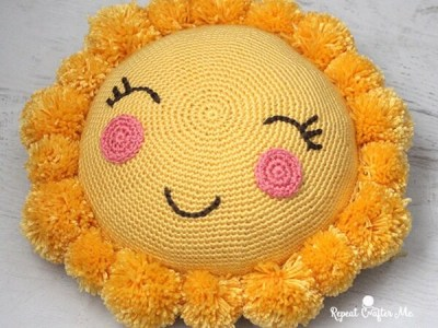 crochet pompom sunshine pillow