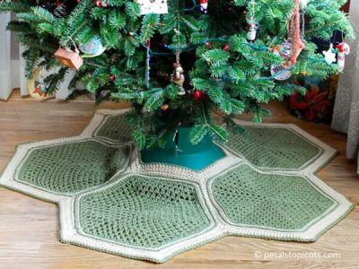 Granny Hexagon Crochet Tree Skirt