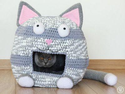 Crochet Cat Bed Cave
