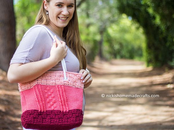 crochet Bobble Basketweave Bag free pattern