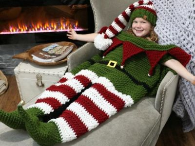 crochet Christmas Elf Cocoon Blanket & Hat Set easy pattern