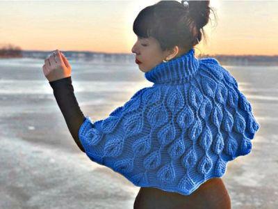 crochet Embossed Leaves Capelet easy pattern