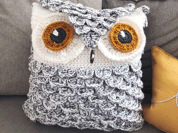 crochet Snowy Owl Pillow free pattern