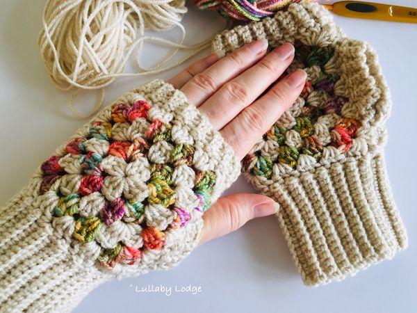 crochet Fingerless Granny Square Mitts free pattern