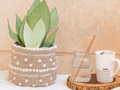 crochet Bubbly Plant Pot Cover free pattern