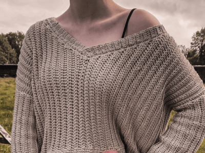 crochet SLOUCHY V NECK SWEATER free pattern