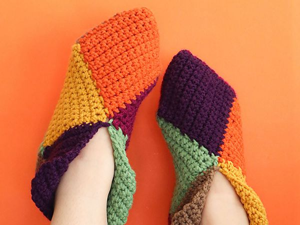 crochet Harlequin Slippers free pattern
