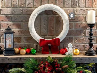 crochet Country Winter Wreath free pattern