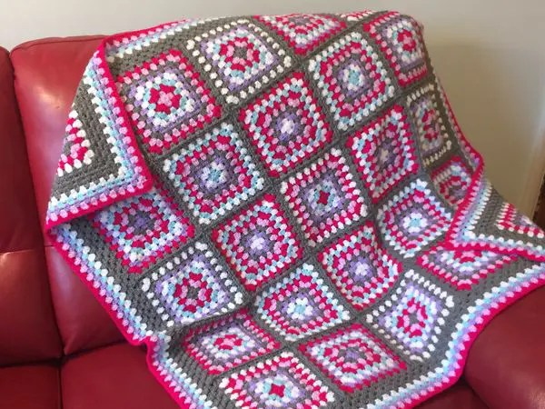crochet Magic Pink Granny Square Blanket free pattern