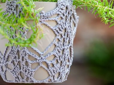 crochet Trailing Plant Pot Hanger free pattern
