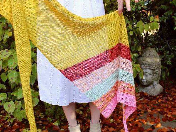 crochet Six Wives Shawl easy pattern