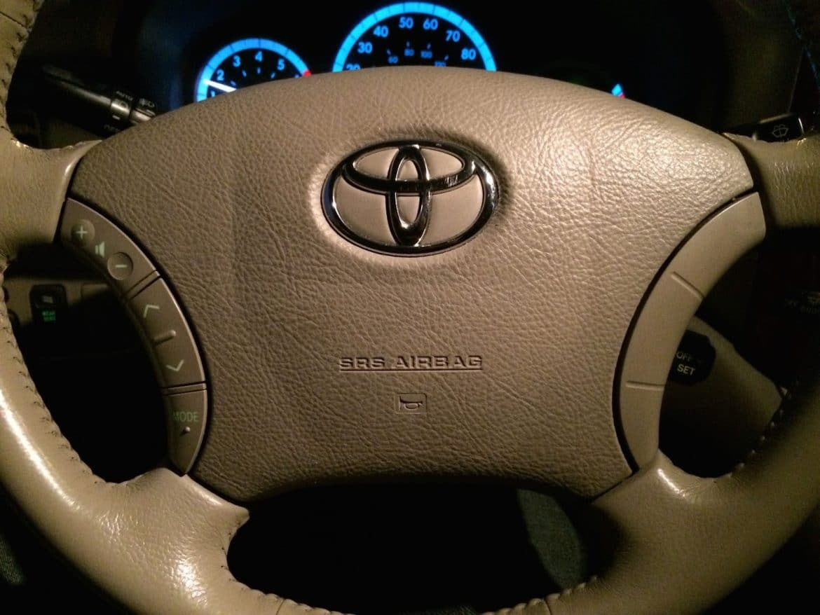 hight resolution of horn won t work how to troubleshoot the horn on a 2004 2010 toyota sienna share your repair