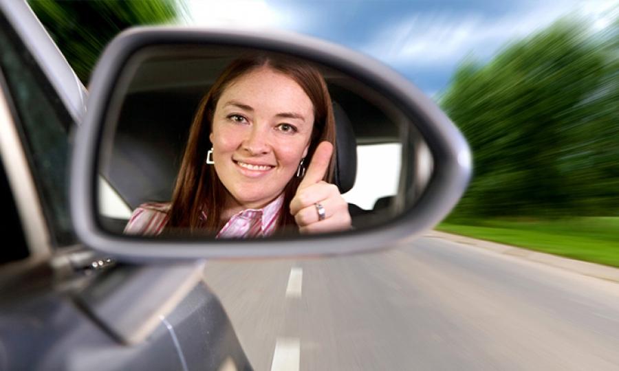 الحقيقة الفعلية وراء الصورة النمطية التي تقول بأن المرأة لا تنفع لقيادة السيارة