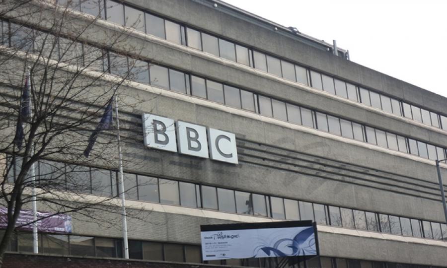 """هيئة الإذاعة البريطانية """"بي بي سي"""" نصفها نساء!"""