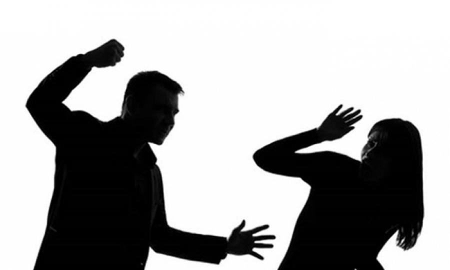 تشريع مقاومة العنف ضد المرأة بين دعوة السبسي وقسوة الواقع