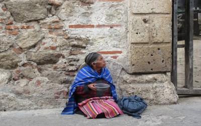 عدة اسباب تجعل النساء أفقر من الرجال بعد سن التقاعد