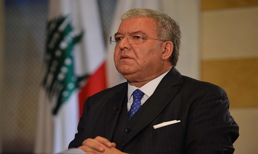 آخر تصريحات الوزير المشنوق  الذكورية: أمن المرأة اللبنانية وميزتها تكمنان بالشورت القصير وإظهار المفاتن!