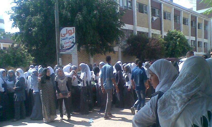 يتحرشون بفتيات المدارس في جرش لإثبات رجولتهم !!!!