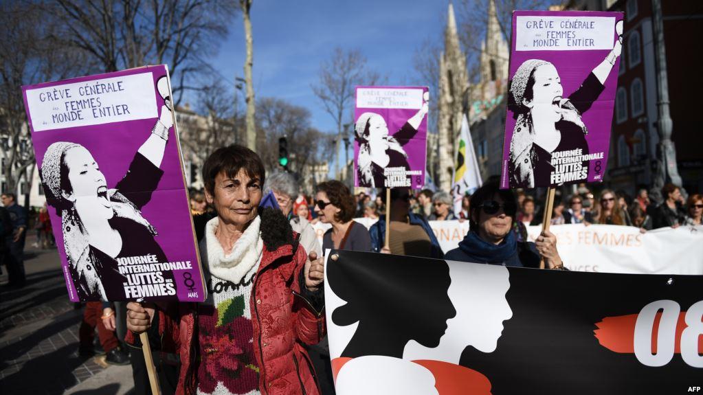 """حملة """"مليار لا""""…نساء العالم إلى المحاكم ضد العنف"""