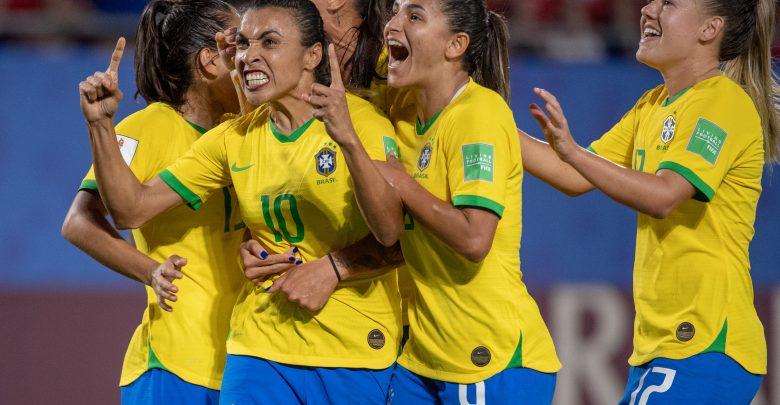 كيف تفوقت السيدات في كأس العالم على الرجال؟