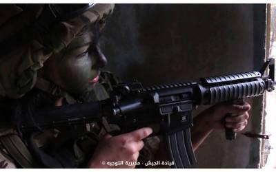 في عيد الجيش… لبنانيات يحلقن في سماء الوطن