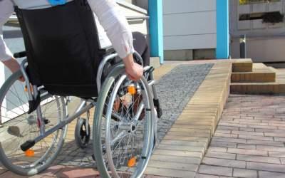 في اليوم العالمي لذوي/ات للإعاقة… حقوق حاضرة في دولة غائبة!