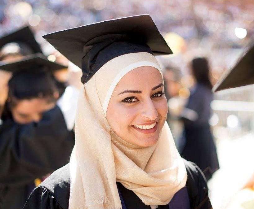 """مهندسة فلسطينية تفوز بجائزة دولية عن اختراعها """"هيكل ذكي"""" للأطفال الذين يعانون من شلل دماغي"""