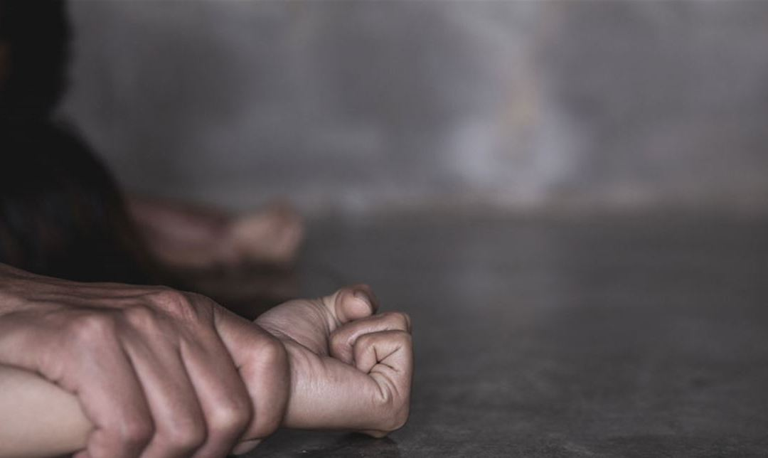 خمسة شبان يتناوبون على اغتصاب سائحة بولندية في محافظة بيت لحم