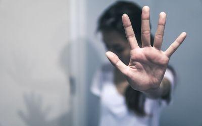 تحرش بـ50 فتاة في مصر ودعوات لإلقاء القبض عليه ومحاكمته