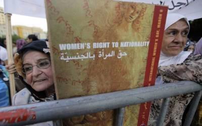 لأنَّ النساء اللبنانيات محرومات من منح جنسيتهنّ لأسرتهنّ فهنَّ ممنوعات من زيارة وطنهنّ!