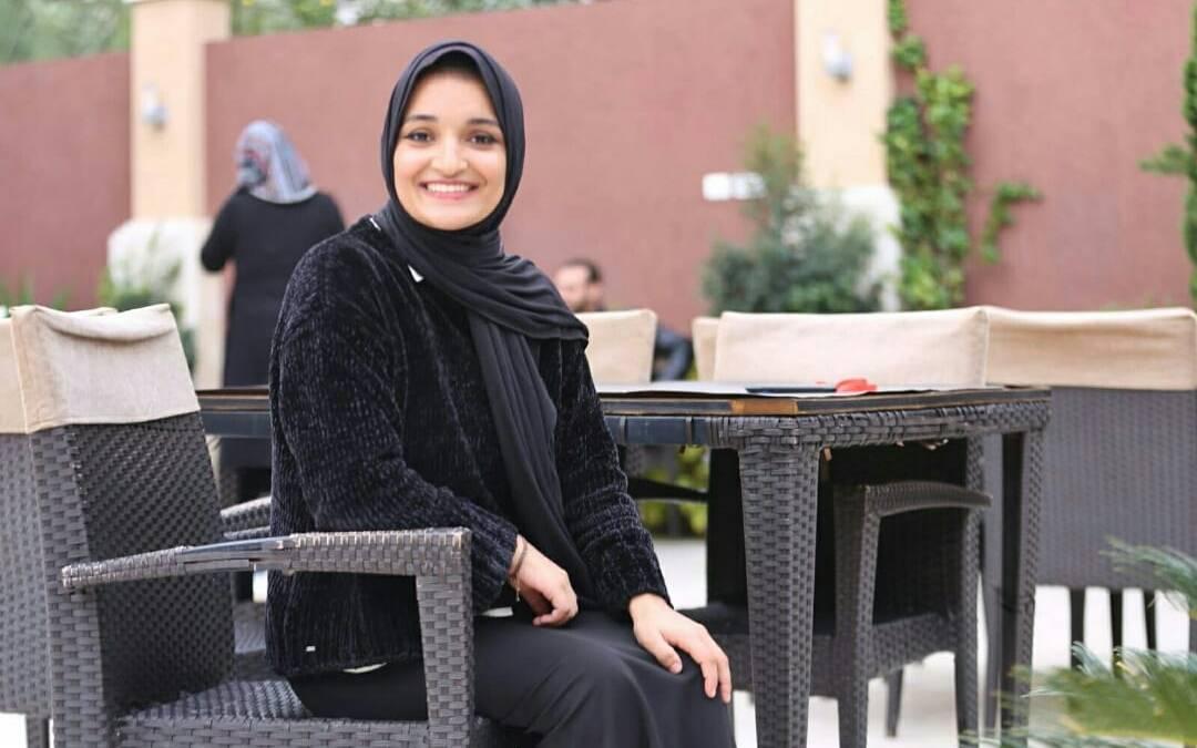 الفلسطينية ولاء السطري تتعرّض للضرب المبرح من شقيقها وتساؤلات حول مصيرها