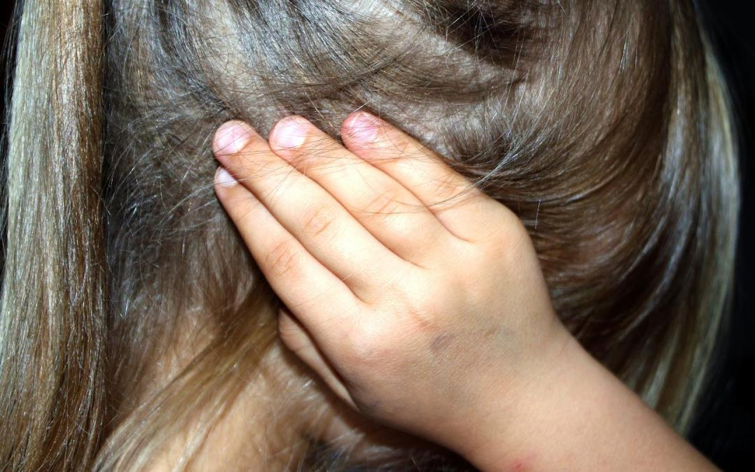 طفلة تتعرض للاغتصاب في تركيا والمتورطون بالجريمة 27 شخصاً!