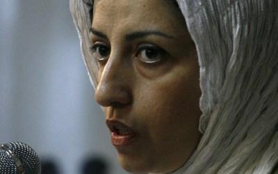 ايران تحكم بالسجن على الناشطة الايرانية نرجس محمدي 30 شهراً و80 جلدة وغرامة مالية!
