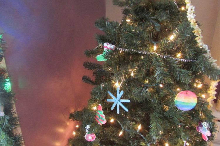 Christmas Crafts: Fun & Easy Crafts for Your Tree