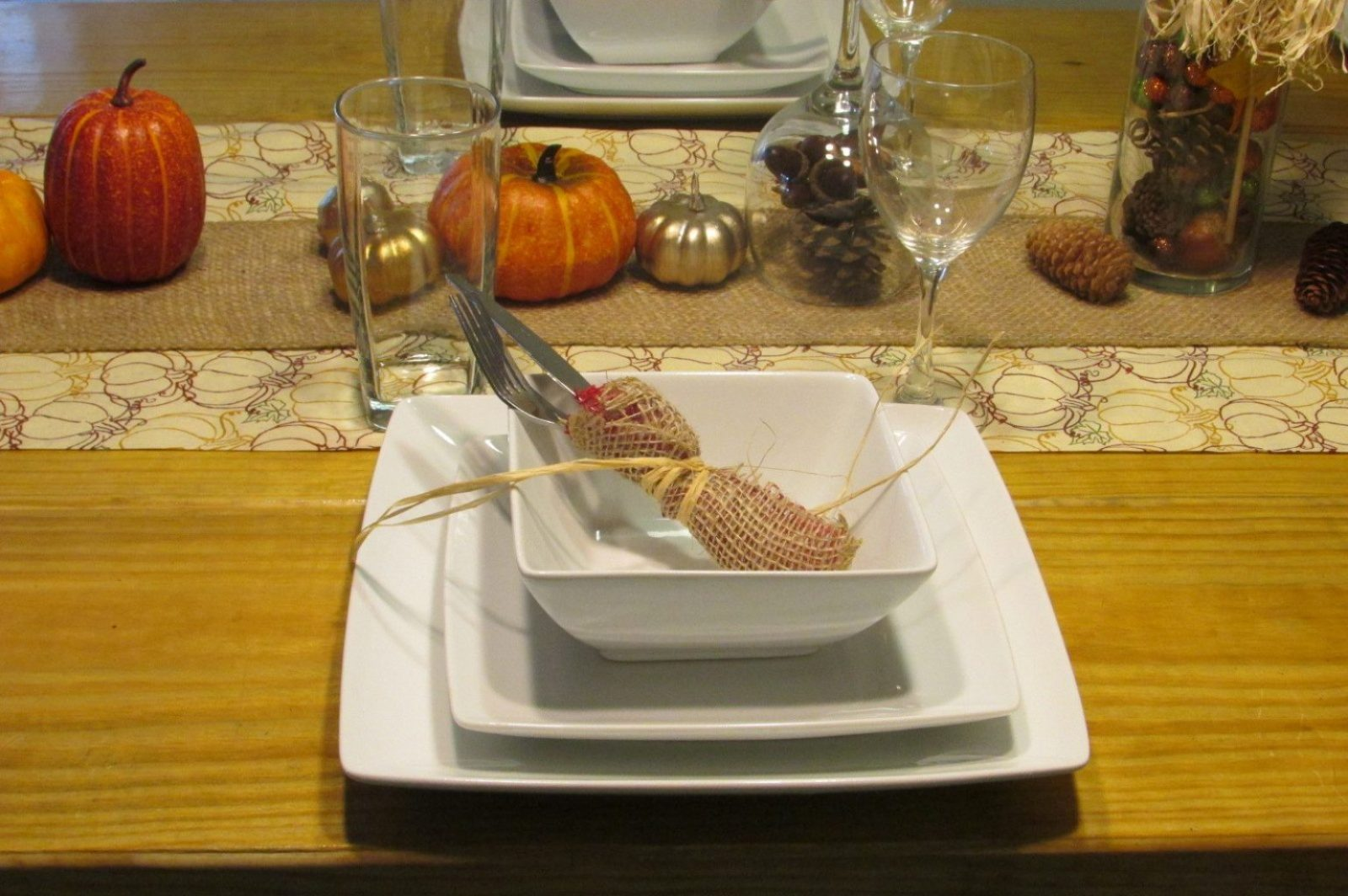 thanksgiving decorations table setting