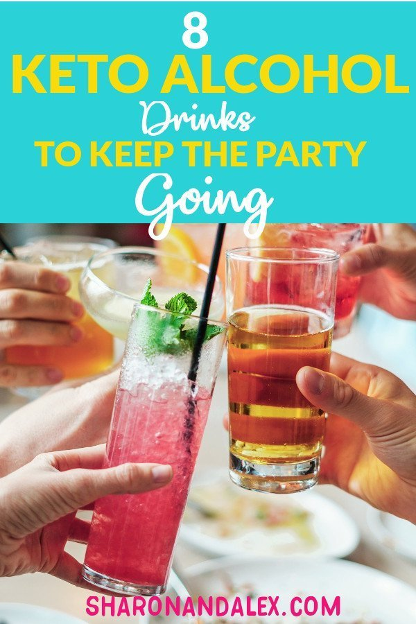 Following the keto diet doesn't mean you can't enjoy a cocktail every now and then. Check out these 8 keto alcoholic drink recipes that will keep your social life on track! #keto #ketoalcohol #ketogenicdiet #ketodrinks