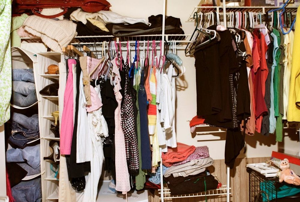 Cleaning the Closet: Tips To Help You Simplify Your Clothes