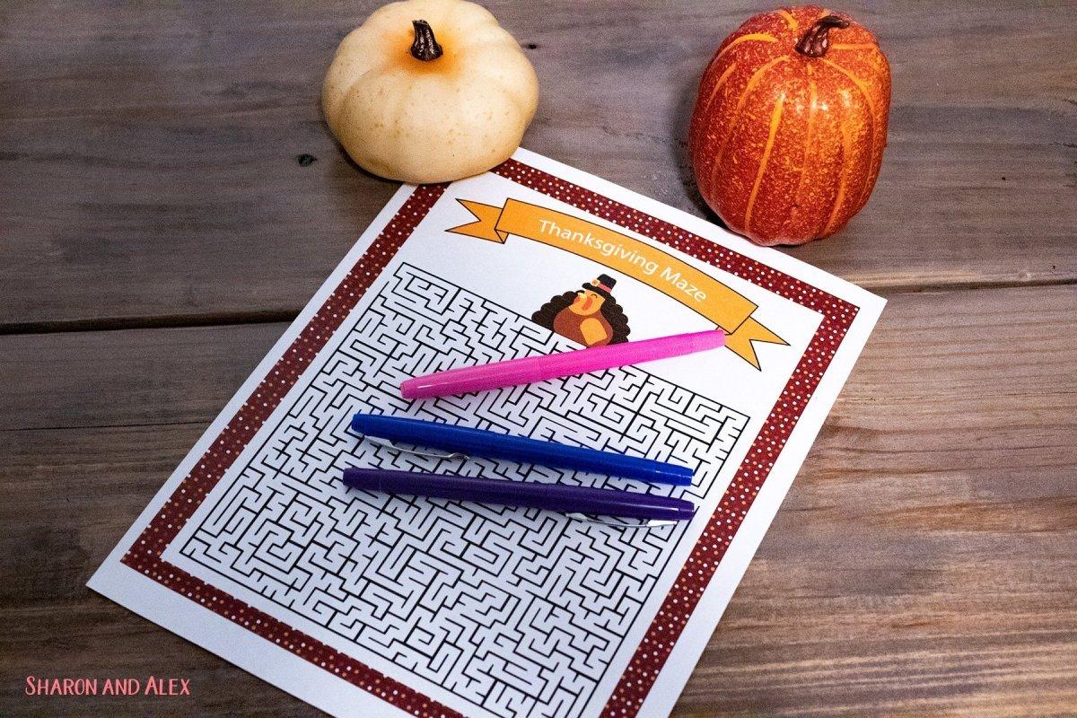 Free Printable Thanksgiving Games - Maze