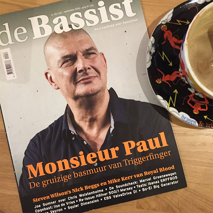 Cover de Bassist featuring the bassplayer of Triggerfinger