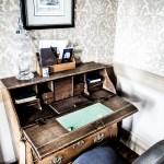 Bruges office in our room - de tuilerieen