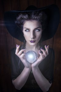 the sorceress - crystal ball 1